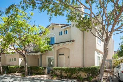 Moorpark Condo/Townhouse For Sale: 11563 Country Creek Court