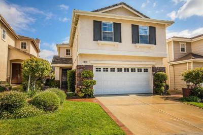Thousand Oaks Single Family Home For Sale: 3070 Blazing Star Drive