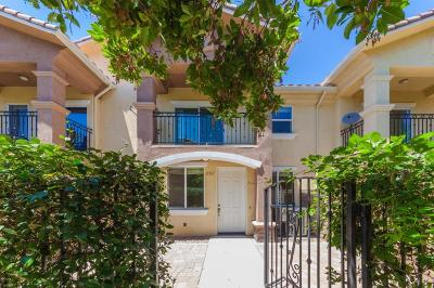 Thousand Oaks Condo/Townhouse For Sale: 2367 Chiquita Lane