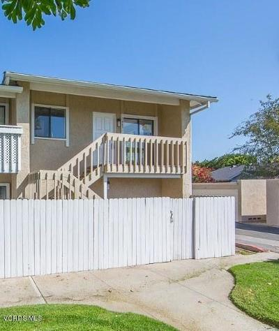 Simi Valley Condo/Townhouse For Sale: 3469 Lockwood Court #57