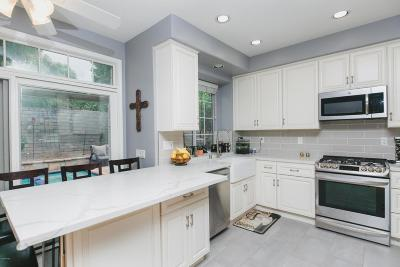 Thousand Oaks Single Family Home For Sale: 532 Timberwood Avenue