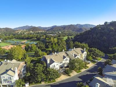 Westlake Village Condo/Townhouse For Sale: 2454 Swanfield Court