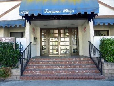 Tarzana Condo/Townhouse For Sale: 18530 Hatteras Street #231