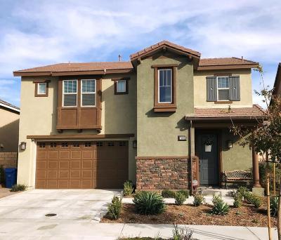 Moorpark Single Family Home For Sale: 7092 Baneberry Avenue