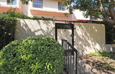 Tarzana Condo/Townhouse For Sale: 6031 Lindley Avenue #26
