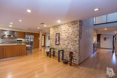 Woodland Hills Single Family Home For Sale: 5942 Ellenview Avenue