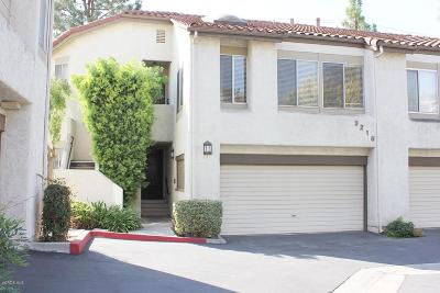 Simi Valley Condo/Townhouse For Sale: 3216 Darby Street #203