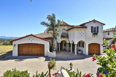Thousand Oaks Single Family Home For Sale: 215 Bainbridge Court