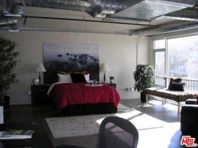 Simi Valley Single Family Home For Sale: 1177 Erringer Road