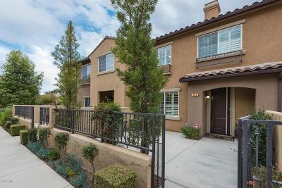Thousand Oaks Condo/Townhouse For Sale: 334 East Hilltop Way #6