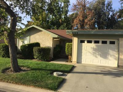Camarillo Single Family Home For Sale: 5168 Village 5