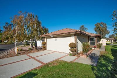 Westlake Village Condo/Townhouse For Sale: 32129 Lake Meadow Lane