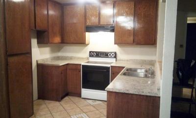 Ventura Condo/Townhouse For Sale: 1300 Saratoga Avenue #200