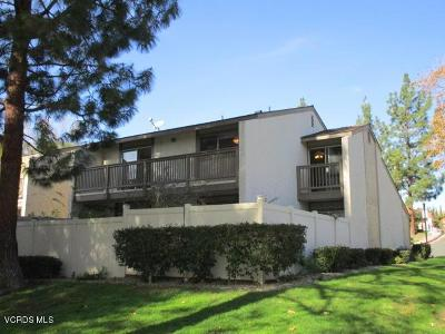 Moorpark Condo/Townhouse For Sale: 15210 Campus Park Drive #D