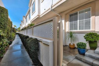 Redondo Beach Condo/Townhouse For Sale: 632 Meyer Lane #E