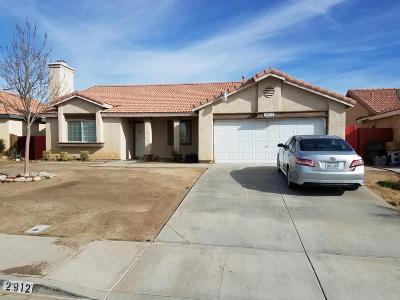 Rosamond Single Family Home For Sale: 2912 Trakell Street