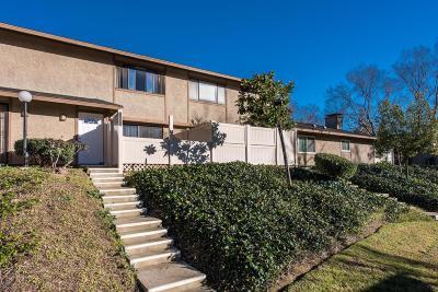 Agoura Hills Condo/Townhouse For Sale: 28827 Conejo View Drive