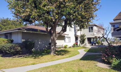 Oxnard CA Condo/Townhouse For Sale: $225,000