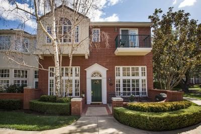 Thousand Oaks Condo/Townhouse For Sale: 2443 Swanfield Court