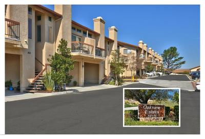 Thousand Oaks Condo/Townhouse For Sale: 809 Warwick Avenue