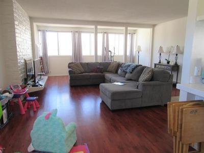 Oxnard CA Condo/Townhouse For Sale: $220,000