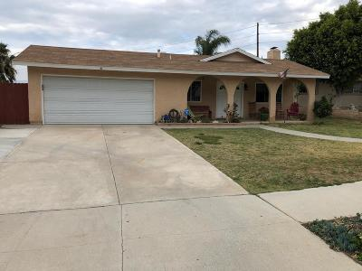 Simi Valley Single Family Home For Sale: 766 Darmont Circle