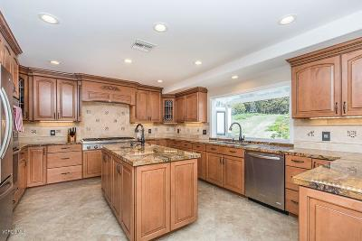 Thousand Oaks Single Family Home For Sale: 1450 Calle Avellano