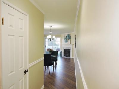 Camarillo Condo/Townhouse For Sale: 2533 Antonio Drive #206