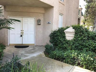 Simi Valley Condo/Townhouse For Sale: 446 Kennerick Lane #A