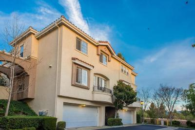 Thousand Oaks Condo/Townhouse For Sale: 374 Avenida De Royale