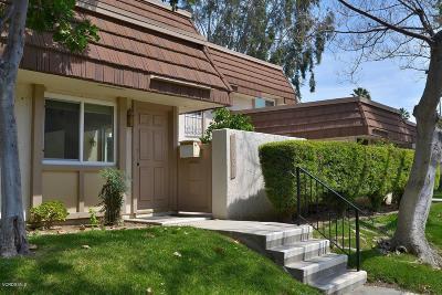 Chatsworth Condo/Townhouse For Sale: 10120 Larwin Avenue #4