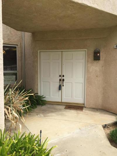 Simi Valley Condo/Townhouse For Sale: 498 Shelburne Lane #A
