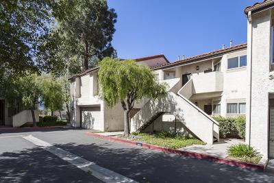 Simi Valley Condo/Townhouse For Sale: 3264 Darby Street #141
