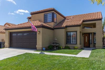 Simi Valley Single Family Home For Sale: 2555 Winthrop Court