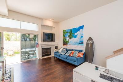 Thousand Oaks Condo/Townhouse For Sale: 2156 Los Feliz Drive