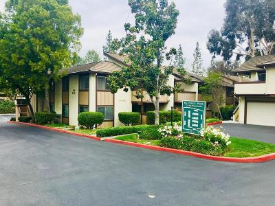 Thousand Oaks Condo/Townhouse For Sale: 1348 East Hillcrest Drive #70