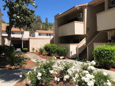 Agoura Hills Condo/Townhouse For Sale: 28915 Thousand Oaks Boulevard #194