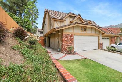 Agoura Hills Condo/Townhouse For Sale: 30472 Passageway Place