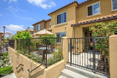 Thousand Oaks Condo/Townhouse For Sale: 342 East Hilltop Way