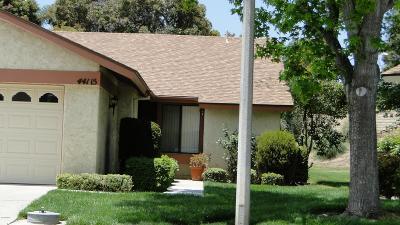 Camarillo Condo/Townhouse For Sale: 44115 Village 44