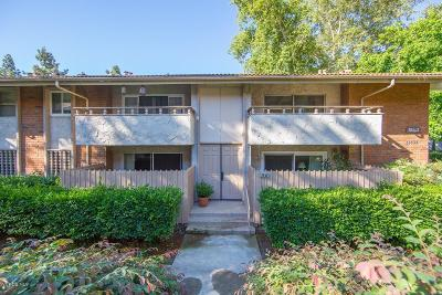 Westlake Village Condo/Townhouse For Sale: 31535 Lindero Canyon Road #15