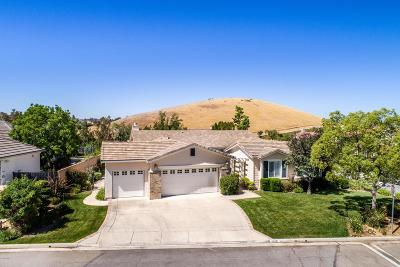Simi Valley Single Family Home For Sale: 3420 Red Bluff Court