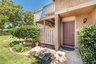 Simi Valley Condo/Townhouse For Sale: 4502 Lubbock Drive #D