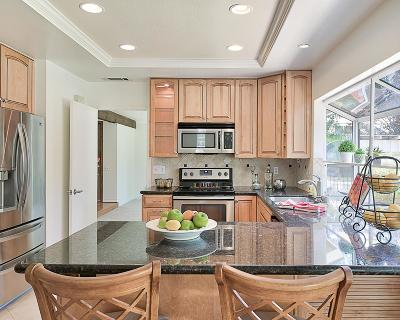 Valencia Single Family Home For Sale: 25218 Via Valentina