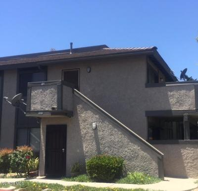 Moorpark Condo/Townhouse For Sale: 150 Majestic Court #1011