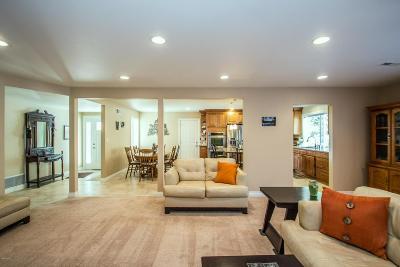 Simi Valley Single Family Home For Sale: 828 Hudspeth Street