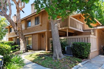 Simi Valley Condo/Townhouse For Sale: 4502 Lubbock Drive #A