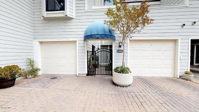 Westlake Village Condo/Townhouse For Sale: 1206 South Westlake Boulevard #E