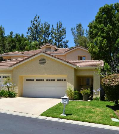 Westlake Village Condo/Townhouse For Sale: 5621 Roundtree Place