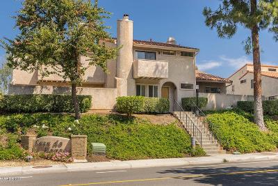 Thousand Oaks Condo/Townhouse For Sale: 110 Jeranios Court